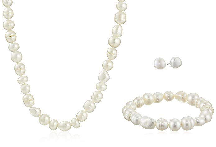 Sterling Silver Three-Piece Freshwater Cultured Pearl Jewelry Set (9-11mm)